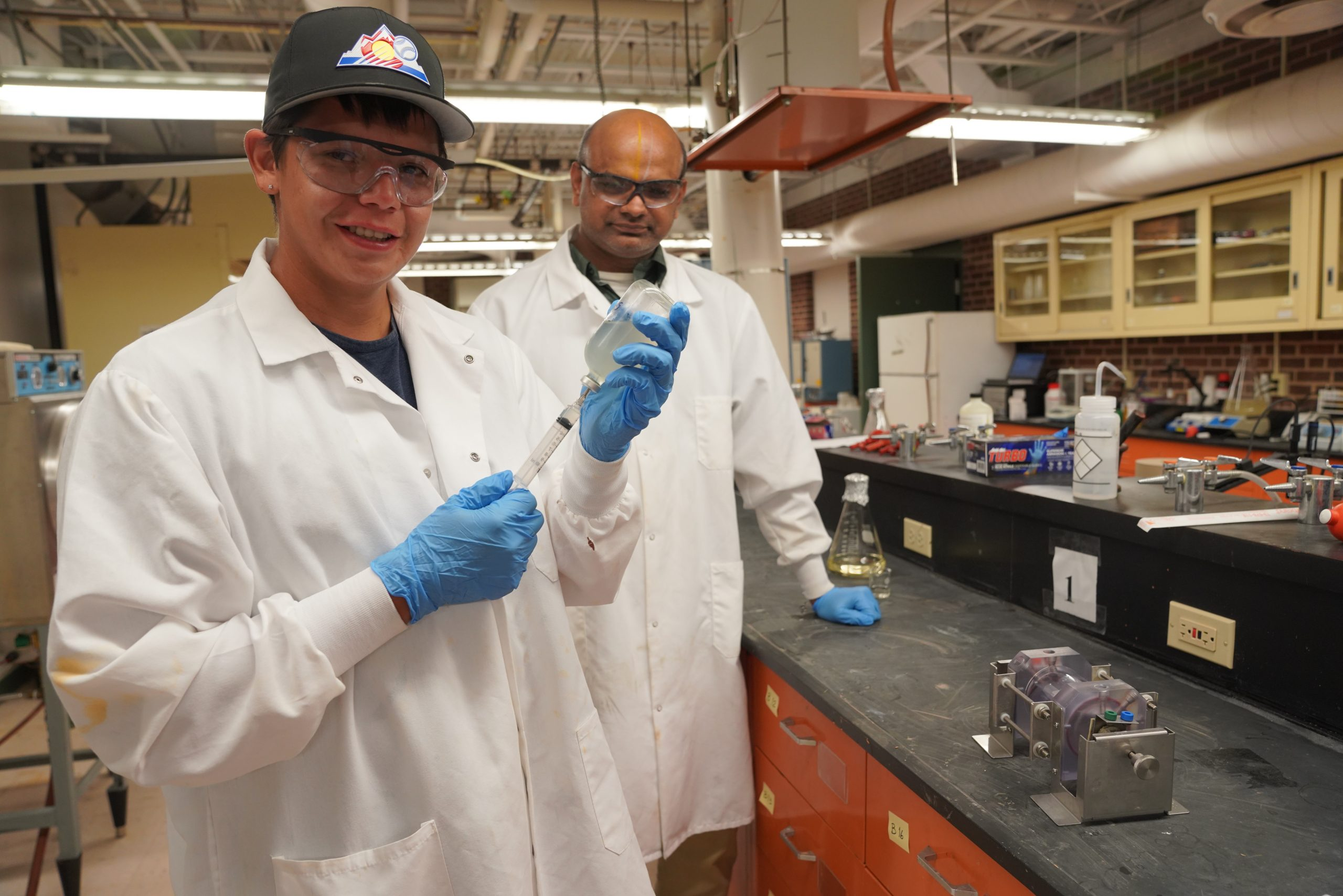 South Dakota EPSCoR | Native American Graduate Program - Shane Starr in the Lab